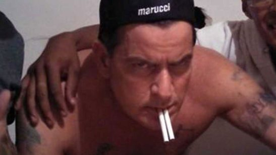 charlie-sheen-drunk-mexico-twitter-fan
