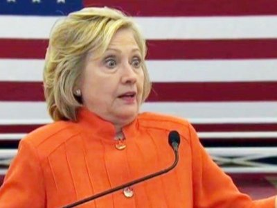 hillary-clinton-orange-pantsuit